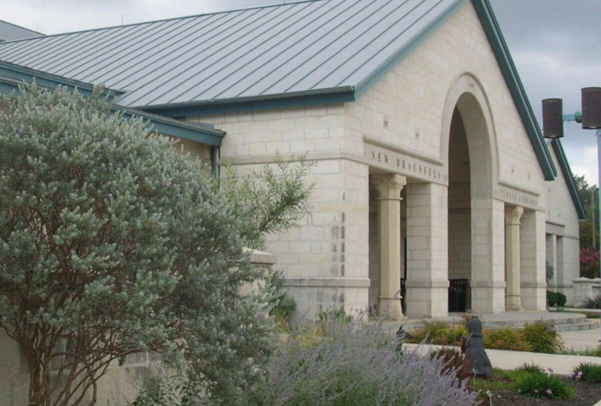 The New Braunfels main library in downtown is hoping to find thefunding for its $36 million expansion that would normally double its original size. The renovation is in response to the city's rapid growth.