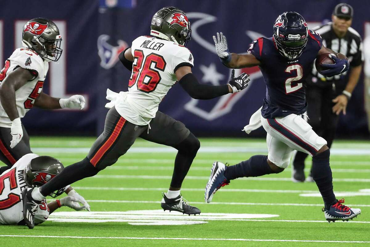 The Texans' Mark Ingram (2) was with Baltimore in 2019 when the Ravens' offense became the NFL's first to average 200 yards both rushing and passing.