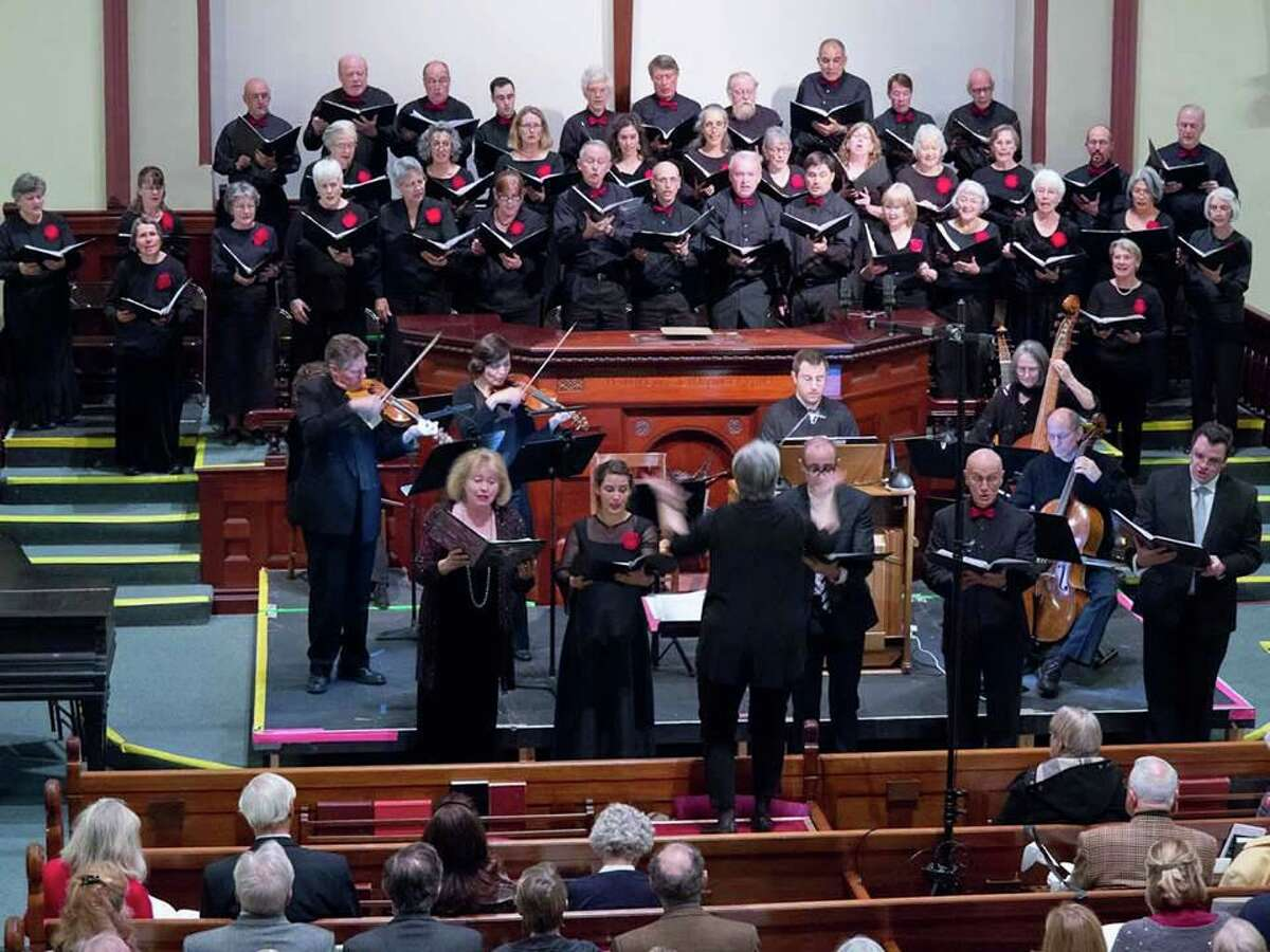 Crescendo will perform a concert Sept. 3 devoted to well-known and beloved choral favorites, dramatic and sublime, in a special outdoor setting. Included in the concert are English Renaissance, Baroque, Romantic and American traditional Spirituals.