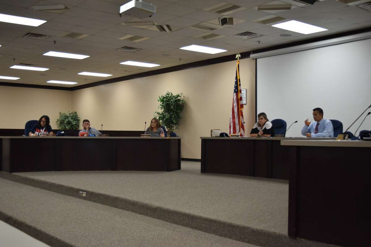 The Plainview ISD School Board approved a COVID action plan on Tuesday, Aug. 31, 2021, that enables the superintendent to issue temporary mask mandates for campuses where case counts reach a benchmark of 6% infection rates.