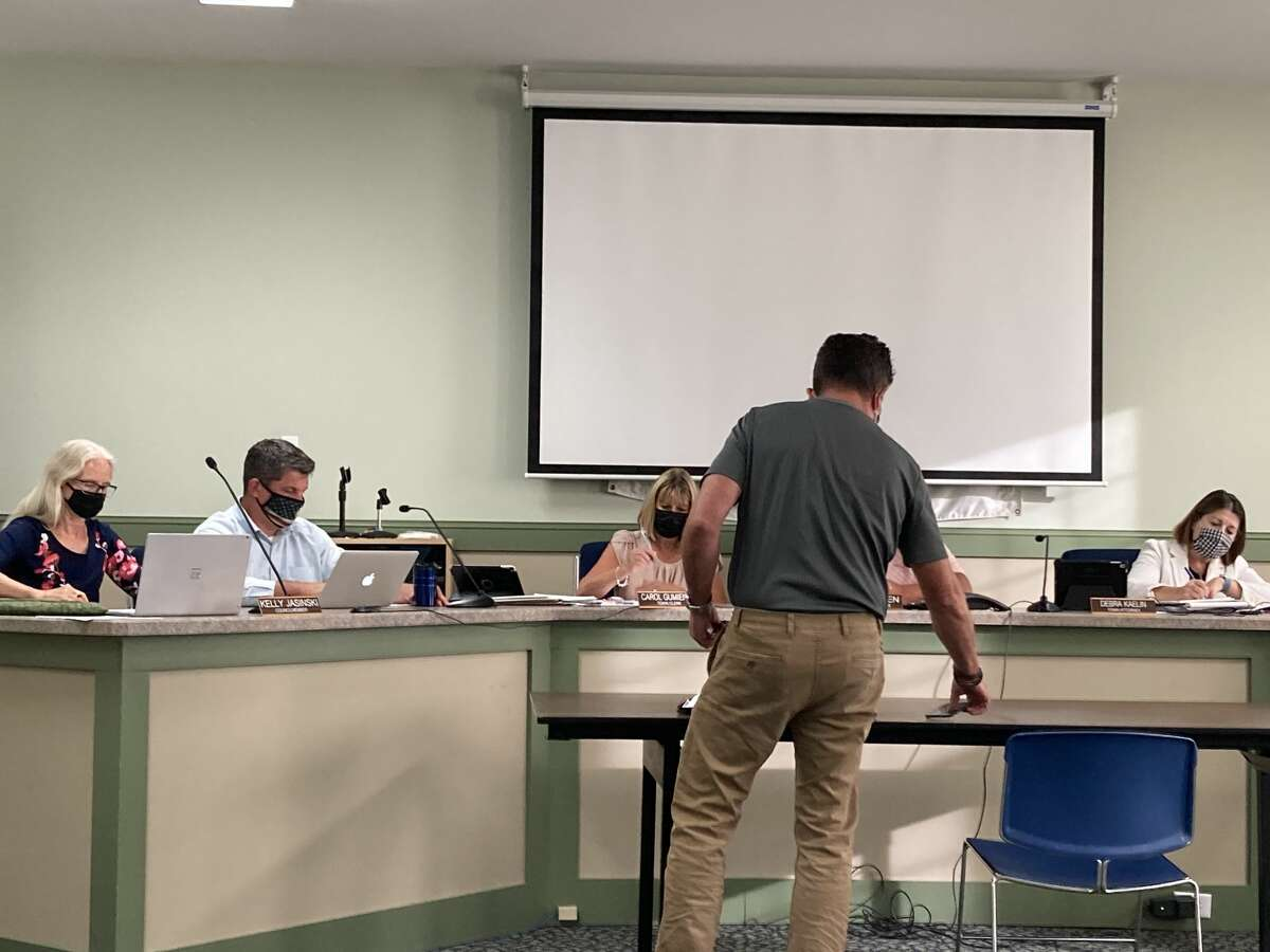 Resident Tom Shaginaw discusses dry versus wet town statistics with the Ballston Town Board Tuesday as the board weighs whether to allow on-site marijuana consumption at stores.