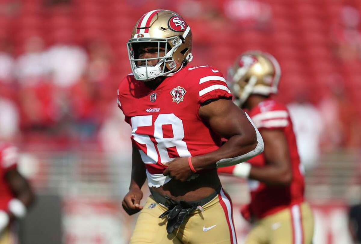 Undrafted rookie linebacker JustinHilliard, the 49ers preseason tackling leader, was claimed by the Giants.