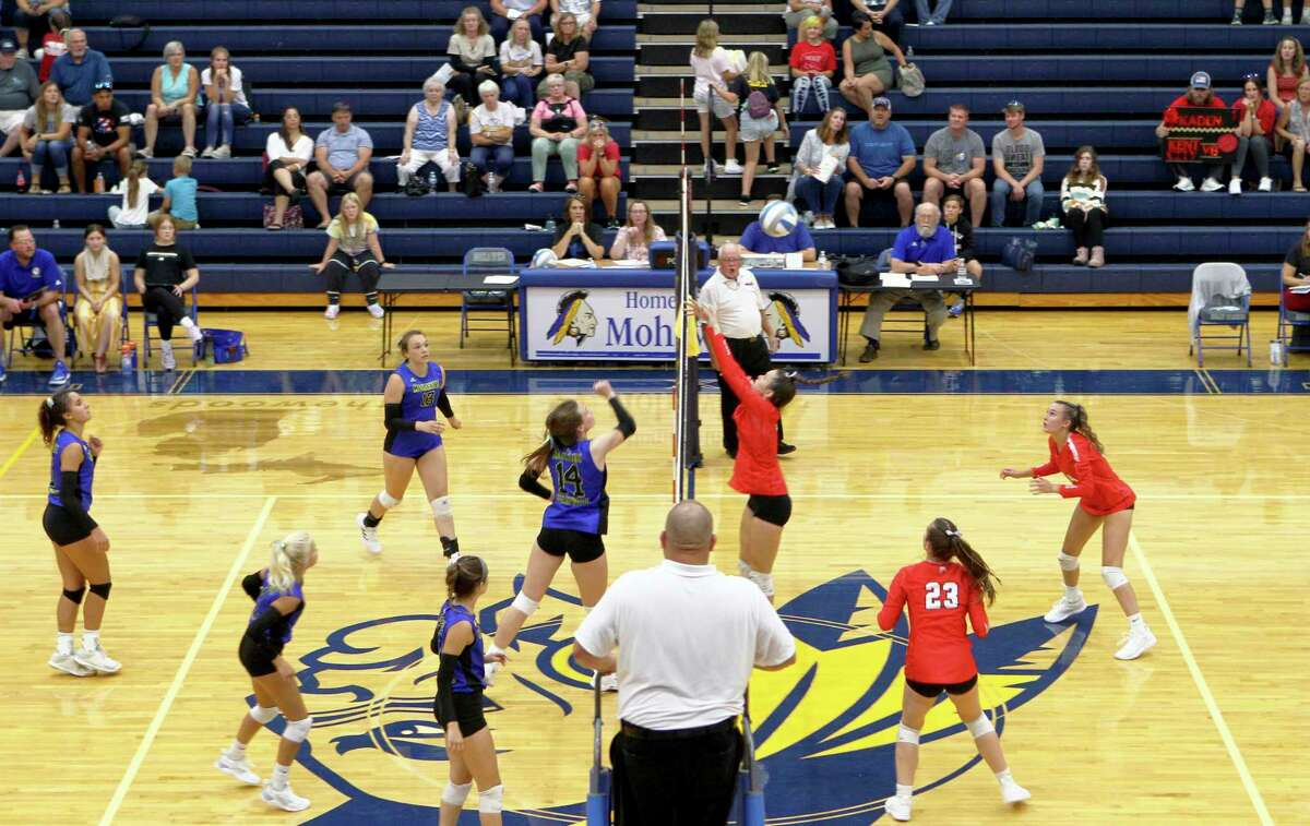 Morley Stanwood's volleyball team fought hard for five sets, but were defeated by Kent City on Wednesday evening. (Pioneer photo/Joe Judd)