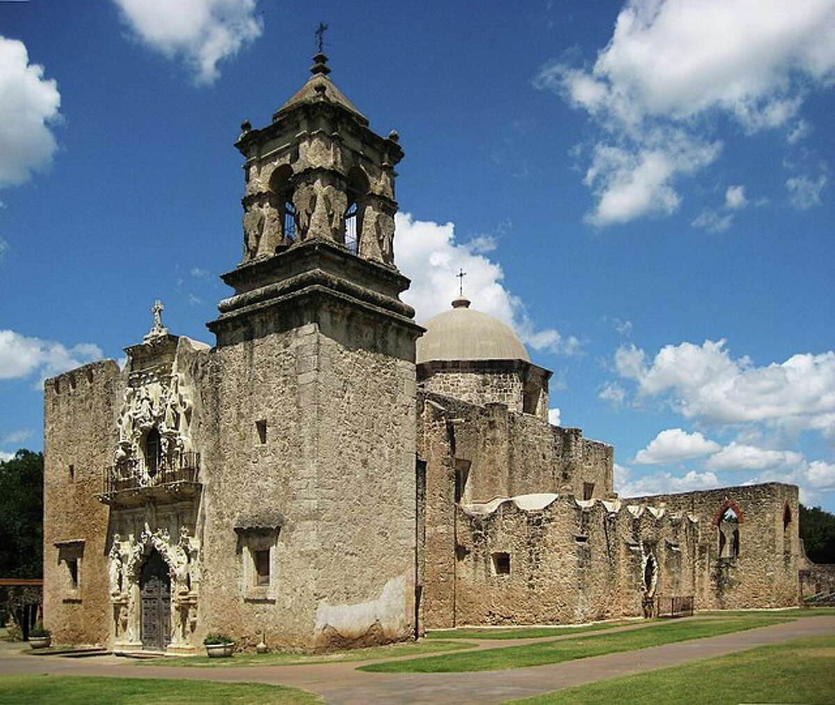 Explore the history of Texas on foot.