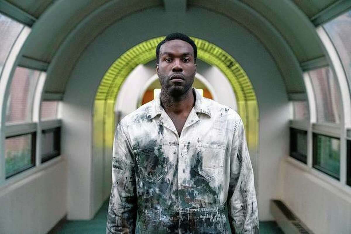 """Yahya Abdul-Mateen II stars as Anthony McCoy in """"Candyman."""" Supposedly a horror film, """"Candyman"""" isn't scary at all."""