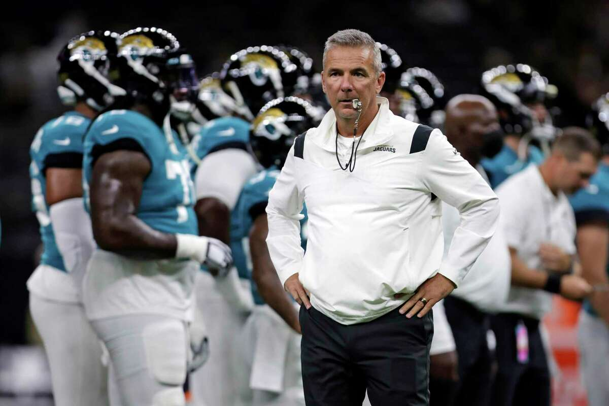 """Jaguars coach Urban Meyer's candor might have gotten him in some trouble, but that itself is a sign of how absurd this whole """"debate"""" about vaccinations has become, says columnist Mike Finger."""