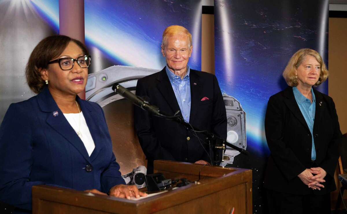 Vanessa Wyche, director of the Johnson Space Center, from left, welcomes NASA Administrator Bill Nelson and NASA Deputy Administrator Pam Melroy to begin a Q&A session with local reporters Thursday, Sept. 2, 2021, at Gilruth Recreation Center in Houston.