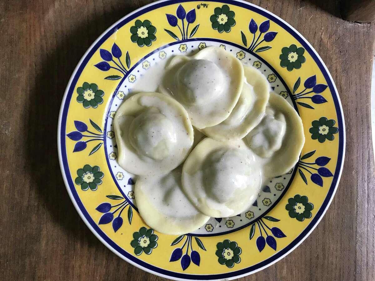 Mushroom ravioli and mascarpone sauce by Casetta Cucina