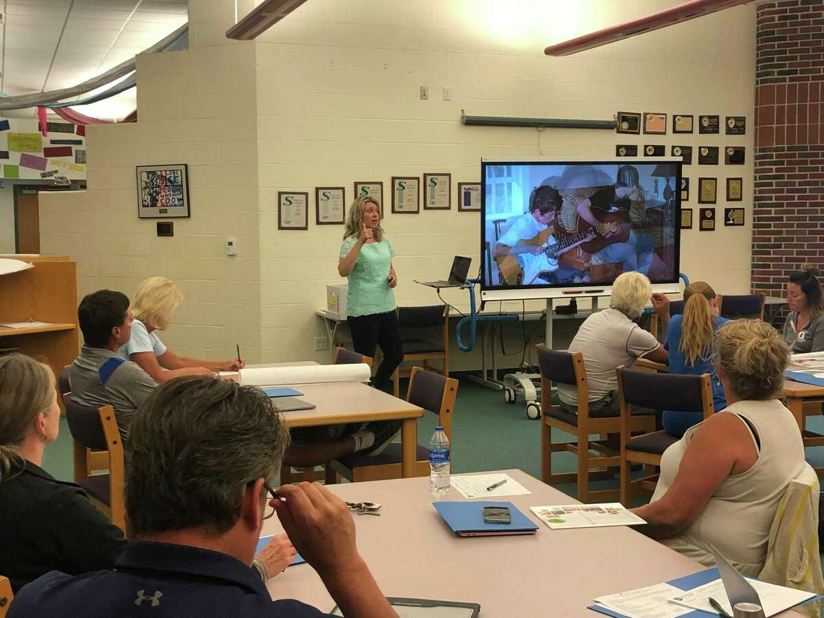 Traci Smith of the Manistee County Child Advocacy Center leads a training session at Onekama Consolidated Schools to educate staff on how torecognize signs of abuse and what to do when abuse is suspected. (Courtesy photo)