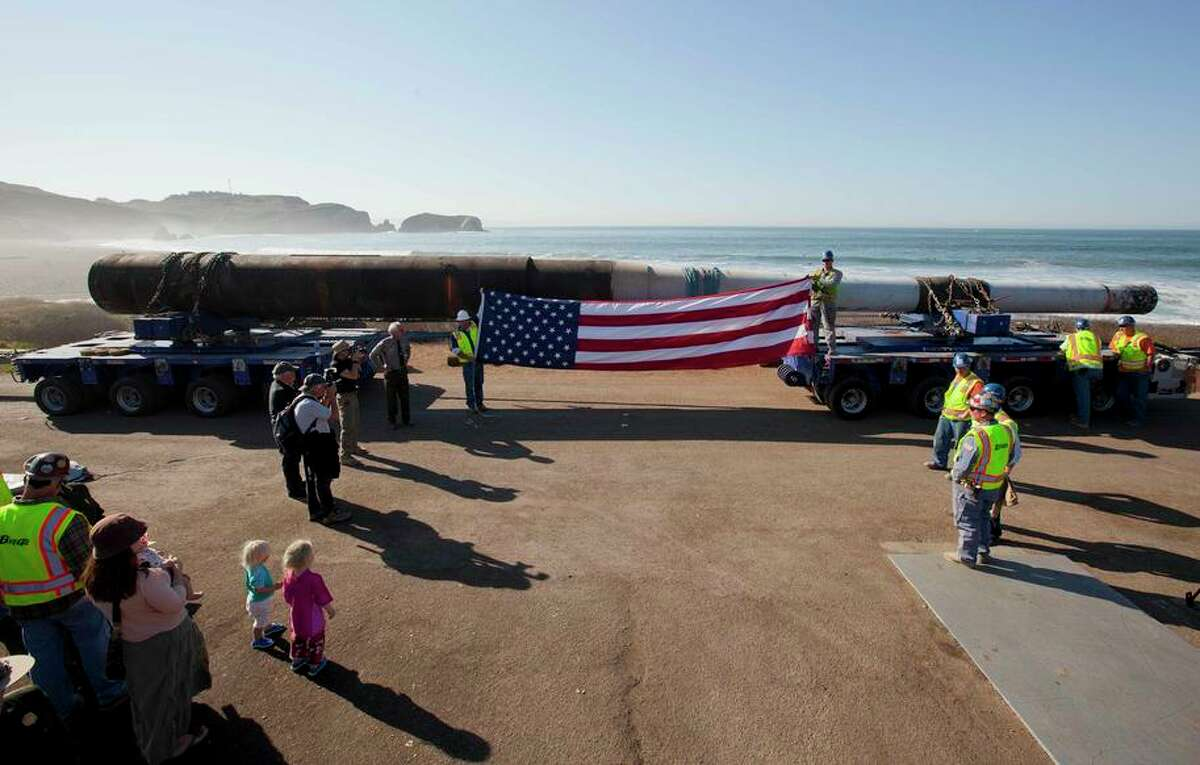 This 68-foot long, 16-inch gun is similar to the ones used in batteries to protect San Francisco during World War II.