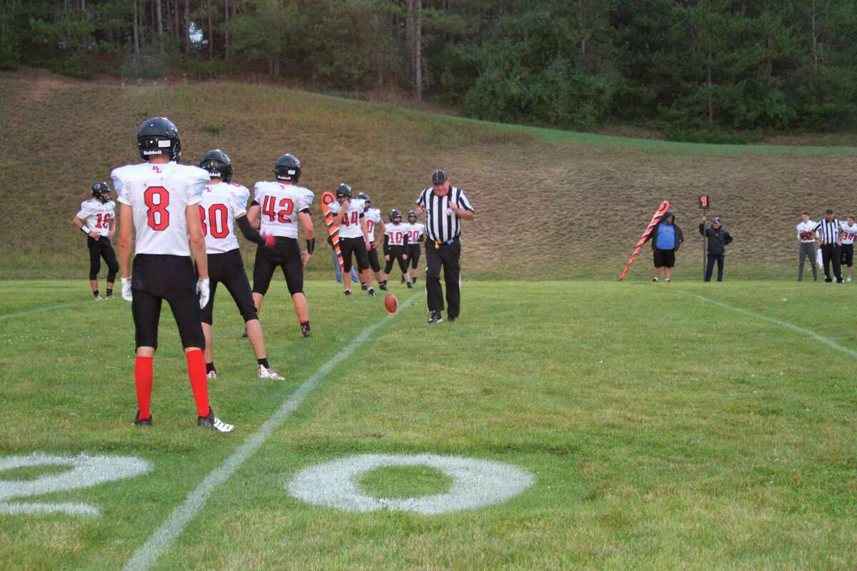 Bear Lake prepares to face Manistee Catholic Central on Friday night. (McLain Moberg/News Advocate)