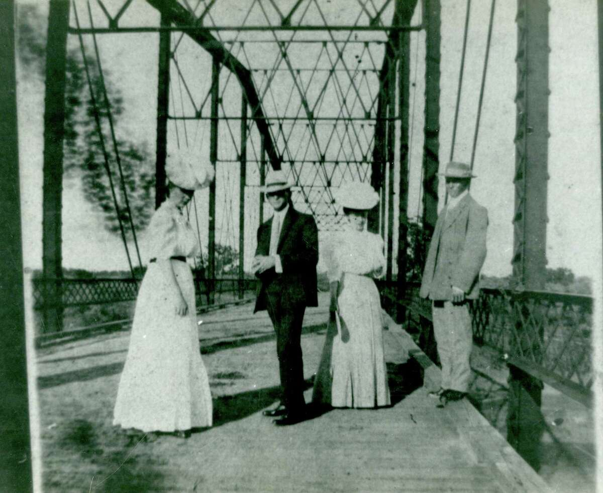 On Sept. 20, FBCL's 'Genealogy and Local History' series will discuss the bridges across Brazos River.