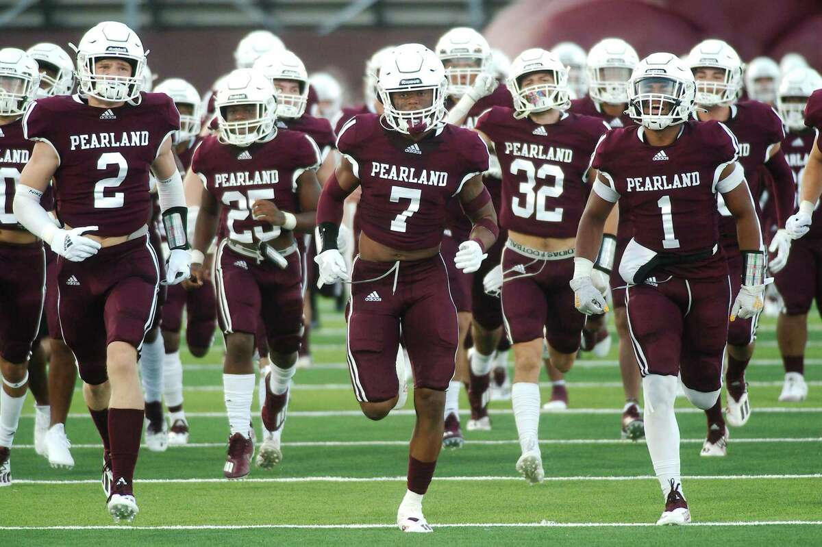 Pearland couldn't hang on to a two-touchdown lead over Houston Memorial in a 17-14 overtime loss Friday night.