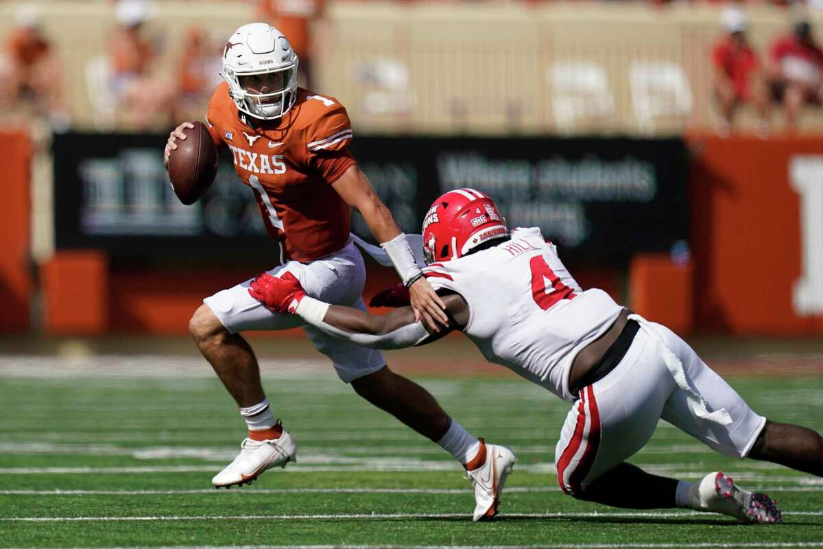 Texas redshirt freshman quarterback Hudson Card, in his first career start, was 14 of 21 for 224 yards and two touchdowns.
