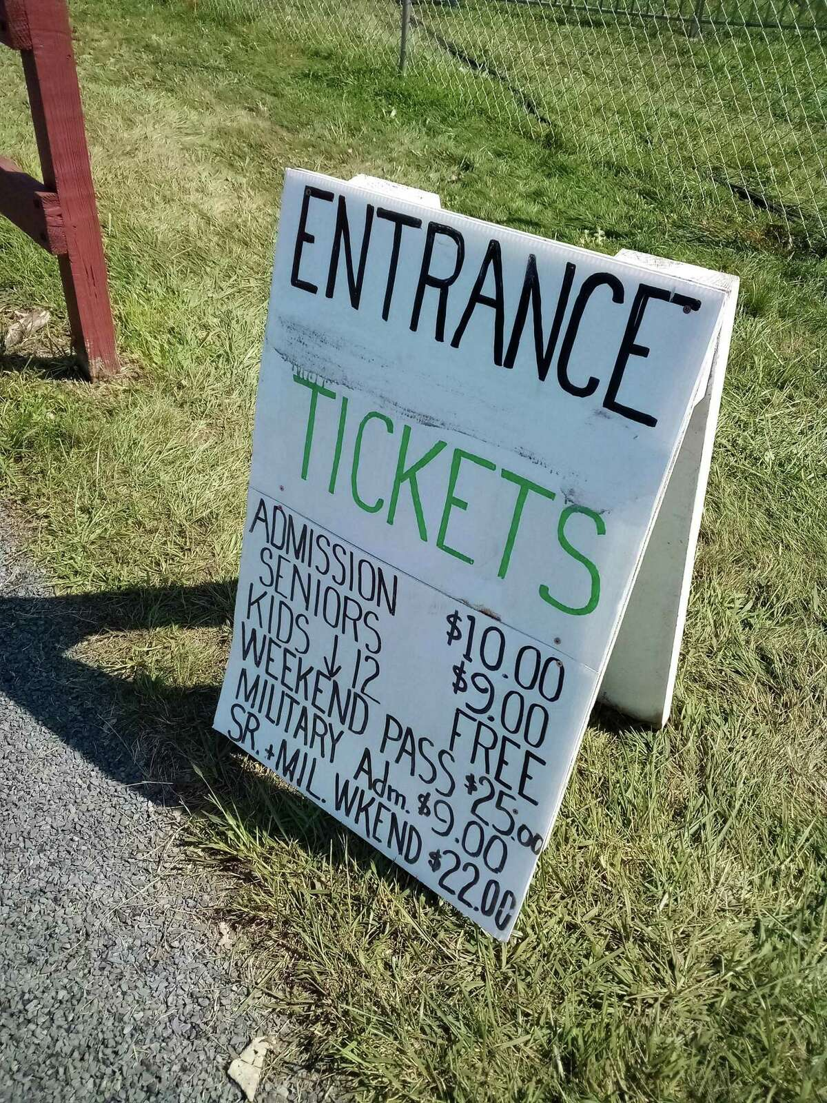 The Haddam Neck Fair welcomed thousands of visitors Saturday, for a day filled with live music, roaring tractors, vendors, barns filled with farm animals, a midway, and plenty of food.