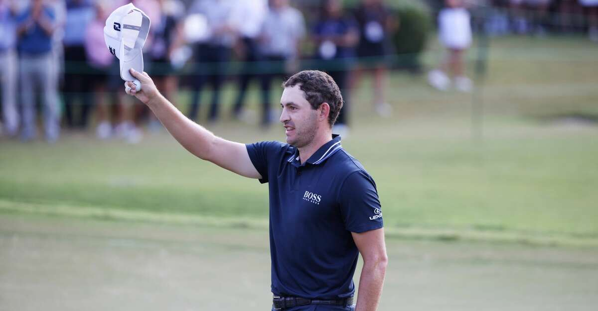Patrick Cantlay of the United States celebrates on the 18th green after winning during the final round of the TOUR Championship at East Lake Golf Club on September 05, 2021 in Atlanta, Georgia. (Photo by Kevin C. Cox/Getty Images)