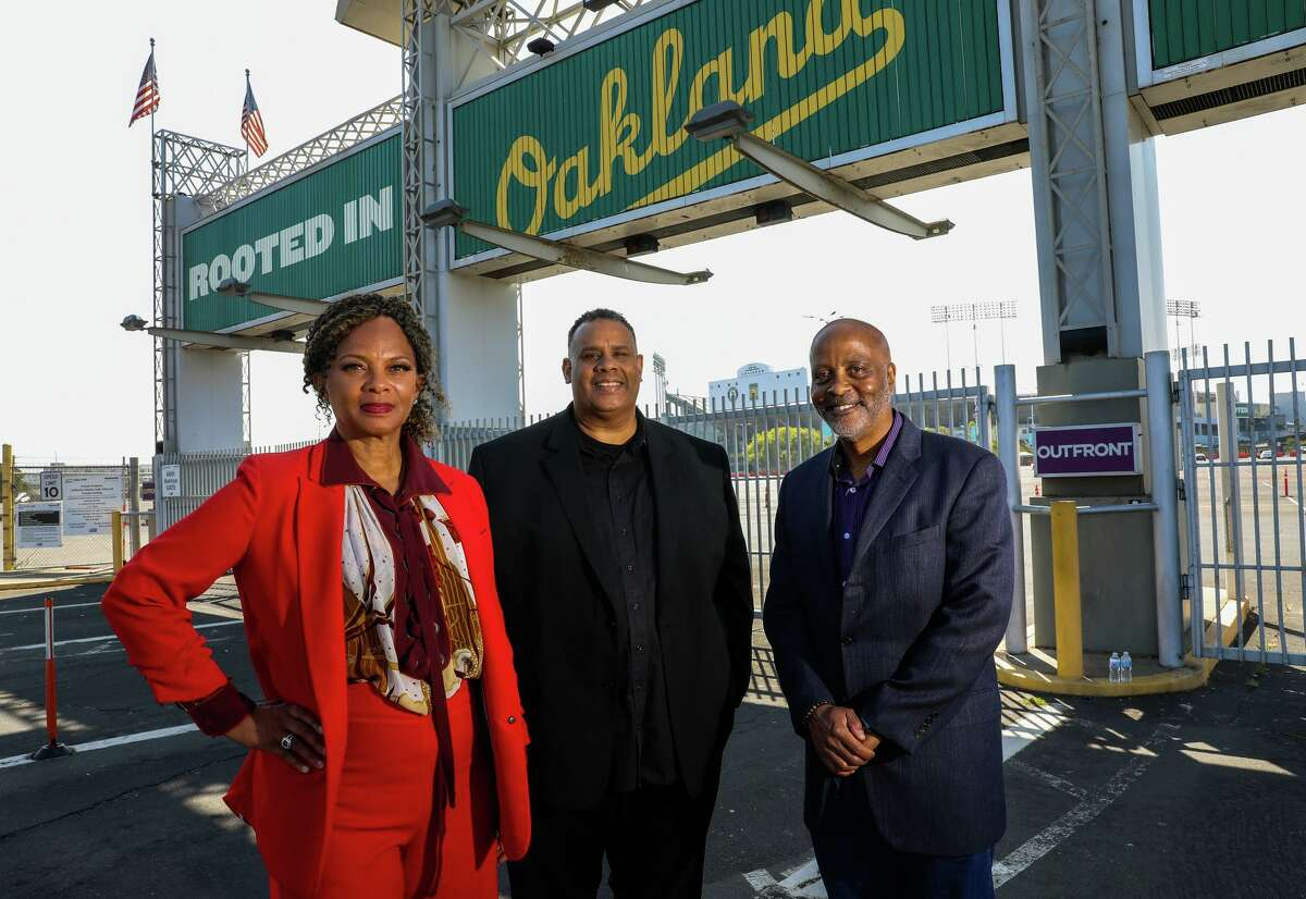 African American Sports & Entertainment Group partners Shonda Scott (left), Ray Bobbitt and Alan Dones are the front-runners in the bidding process for Oakland's share of the Coliseum site.