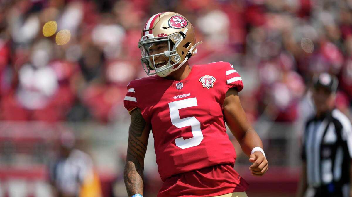 49ers rookie QB Trey Lance still wasn't throwing a football at practice Monday, six days before the season opener at Detroit.