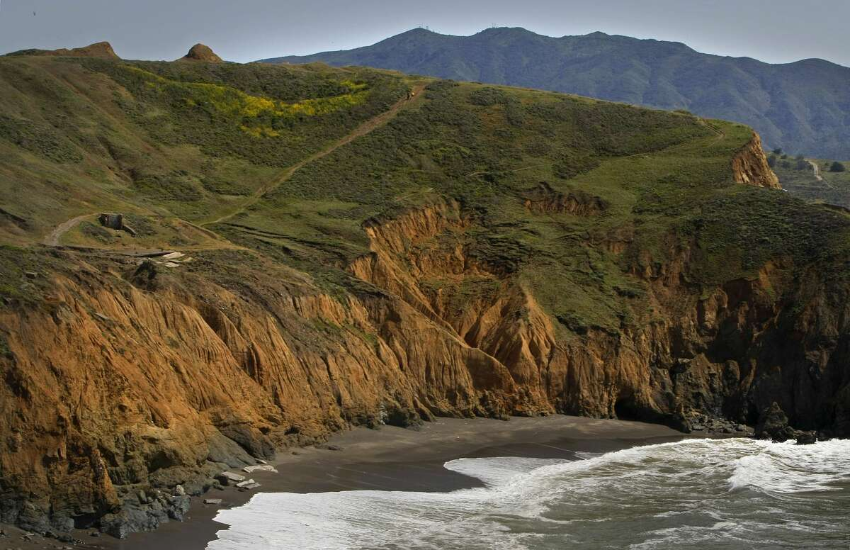 RECORD - Road wind trails are above the cliffs at Mori Point Park in Pacifica, California, on April 24, 2008, as the parks meet the Pacific Ocean below.