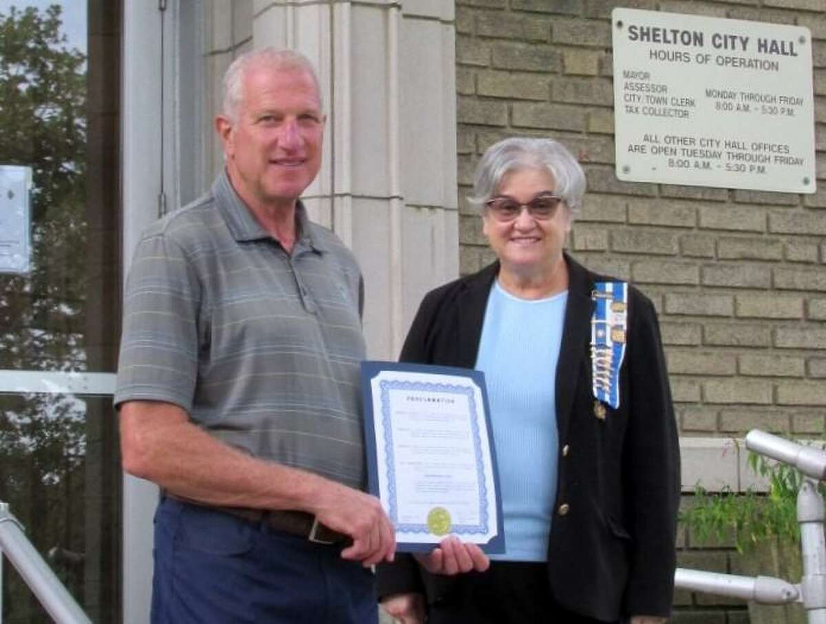 Shelton Mayor Lauretti with Sarah Riggs Humphreys-Mary Silliman (SRH-MS) Chapter Regent Patricia King. Lauretti proclaimed Sept. 17 to 23, 2021, as Constitution Week.