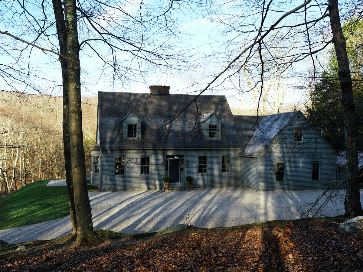 The Litchfield County home of fashion powerhouse Eva Chen was recently featured in Architectural Digest after a remodel by Connecticut-based design firm Hendricks Churchill.