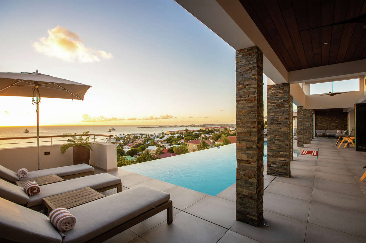 SXM Villa Vibes patio view