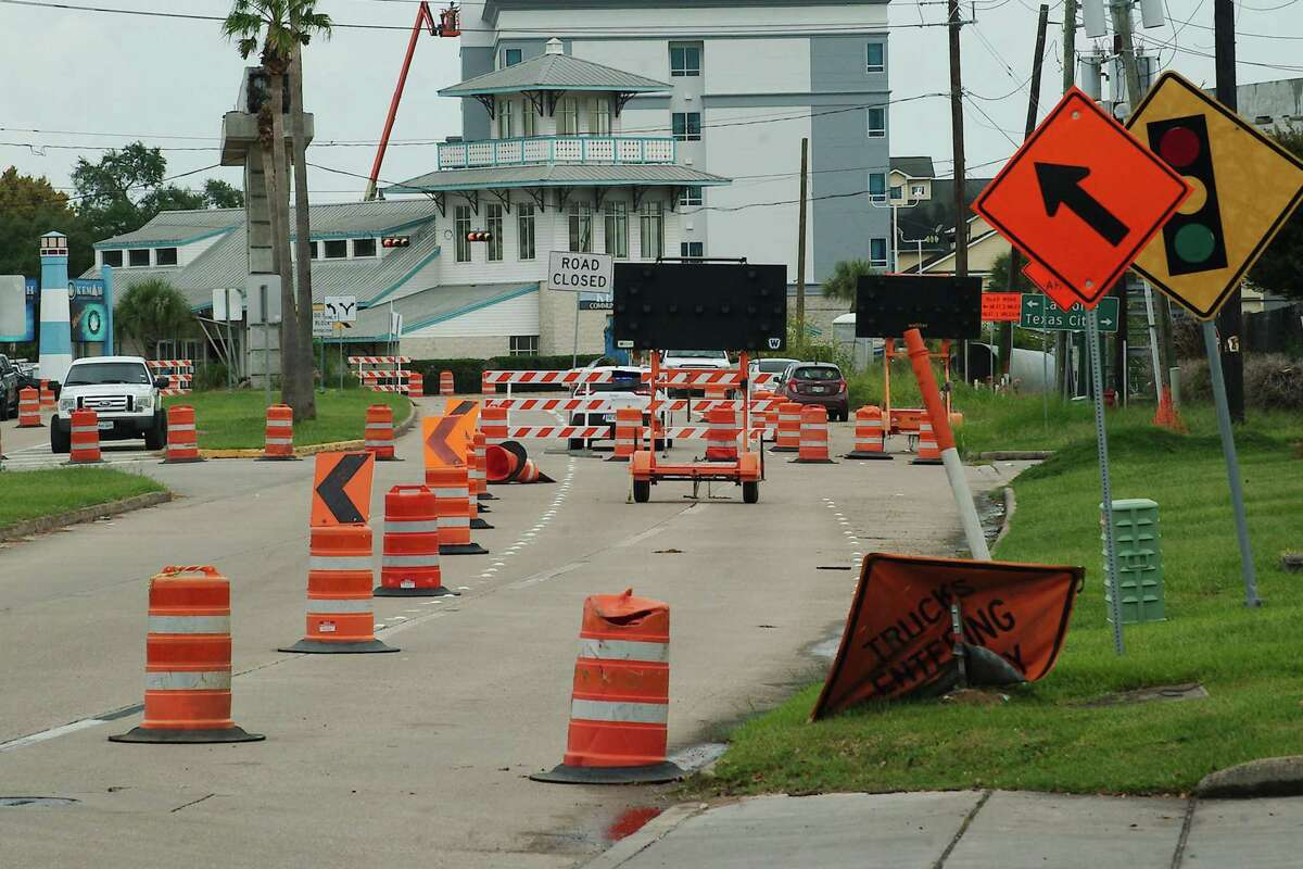 The ongoing Texas 146 expansion has meant adjustments for motorists traveling nearby roads.