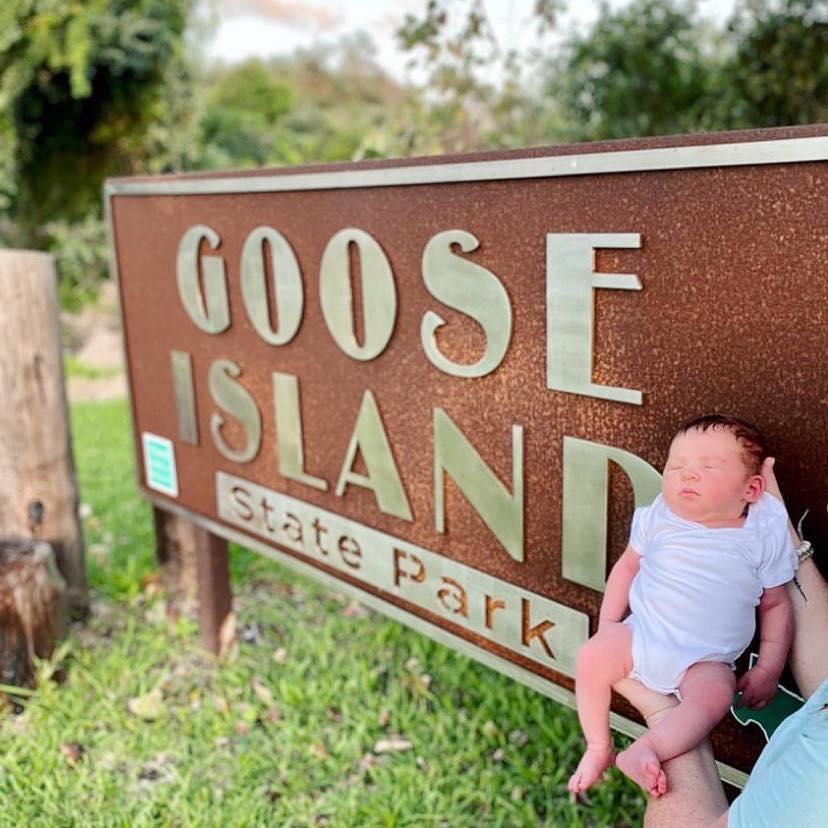 Ibu melahirkan di RV saat berkemah di Texas State Park