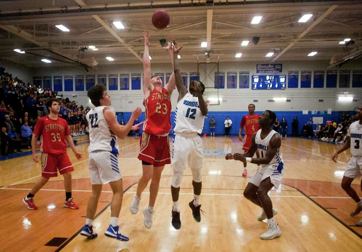 Boys high school basketball between Bunnell and Stratford in 2020.