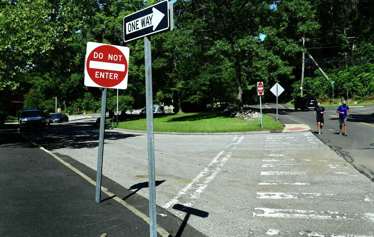 The exit of the drop off and pick up driveway at Silvermine Dual Language Magnet School on Perry Avenue Tuesday, September 7, 2021, in Norwalk, Conn.