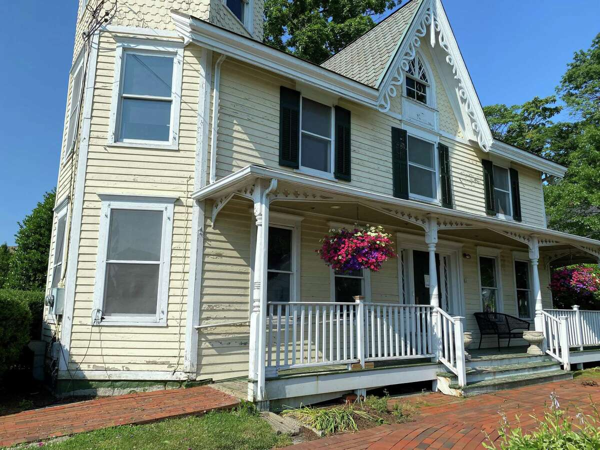 New Canaan Selectman Kathleen Corbet urged her fellow selectmen to spend $35,000 to paint Vine Cottage, at 61 Main St. on Sept. 7, 2021.