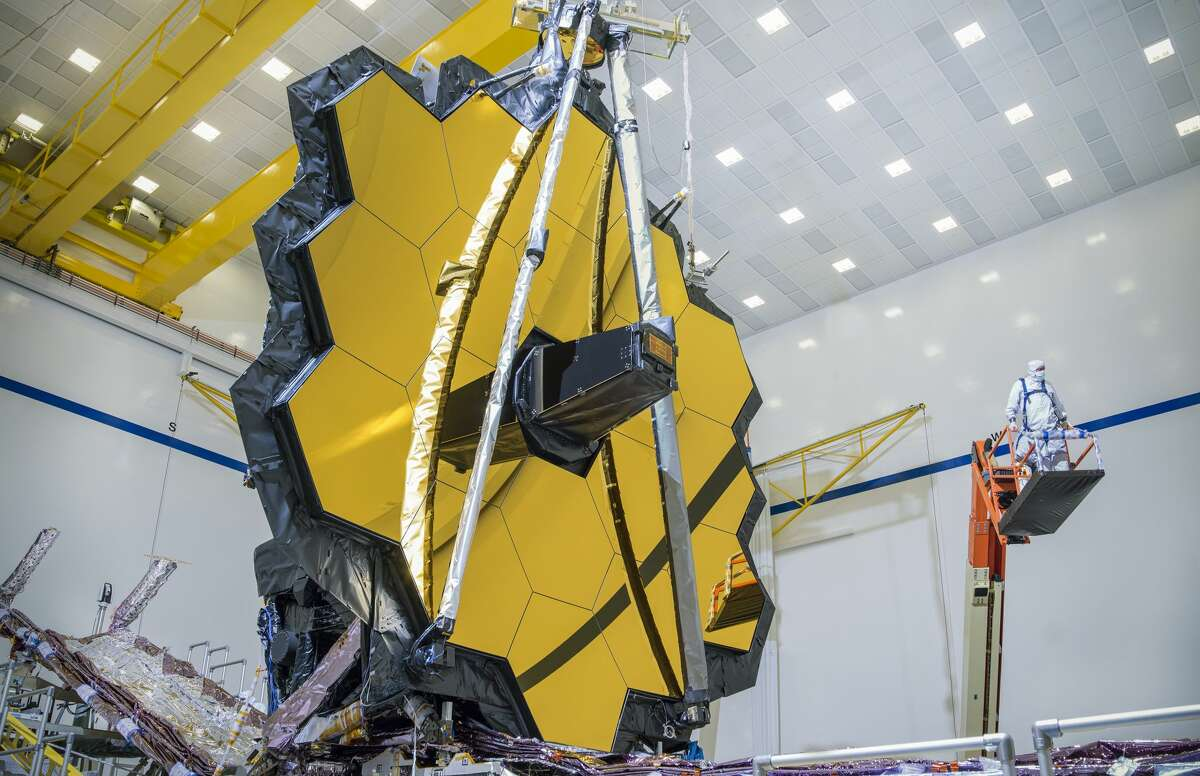 In early March 2020, testing teams deployed the James Webb Space Telescope's 21 feet 4-inch primary mirror into the same configuration it will have when in space.