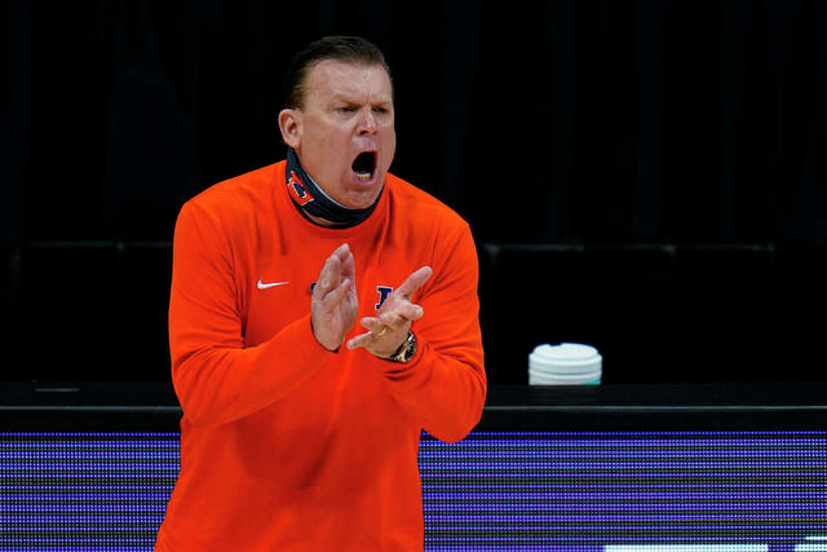 Illinois head coach Brad Underwood yells to his team during March's Big Ten Tournament championship game in Indianapolis.