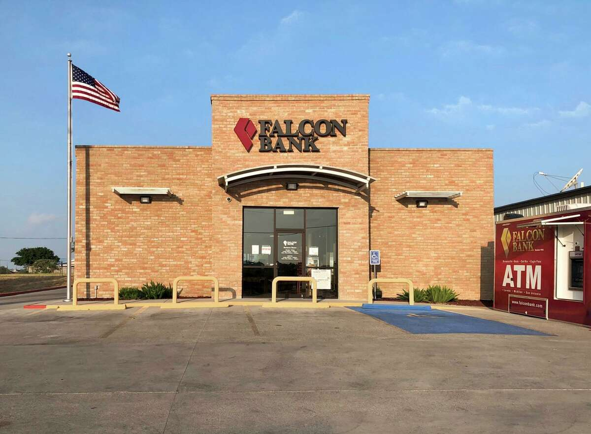 A new Falcon Bank location has opened in Zapata at 134 S. US Hwy 83.