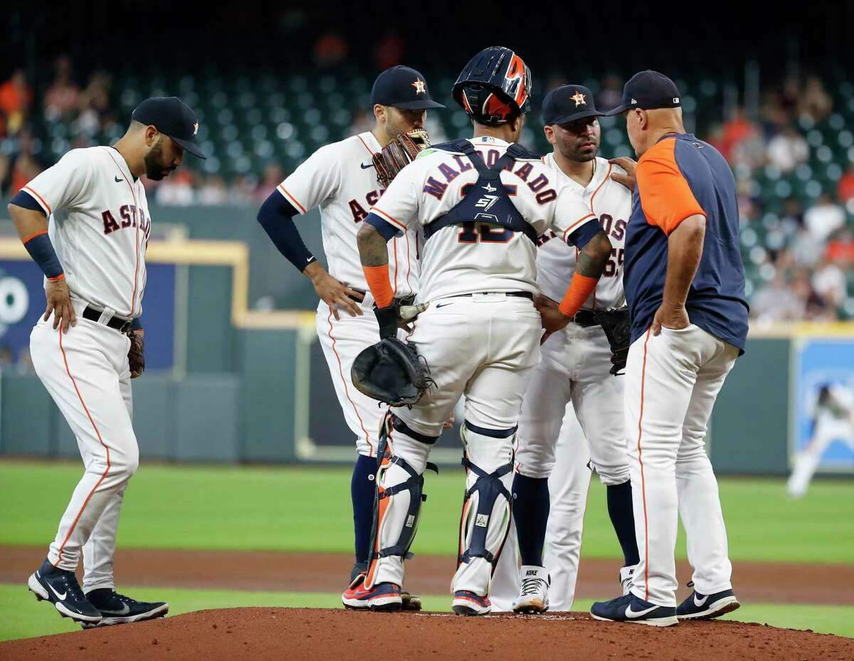 It was a busy day for Astros pitching coach Brent Strom on Wednesday as José Urquidy's ineffective start made for a long day for the bullpen in a series-ending loss to the Mariners.