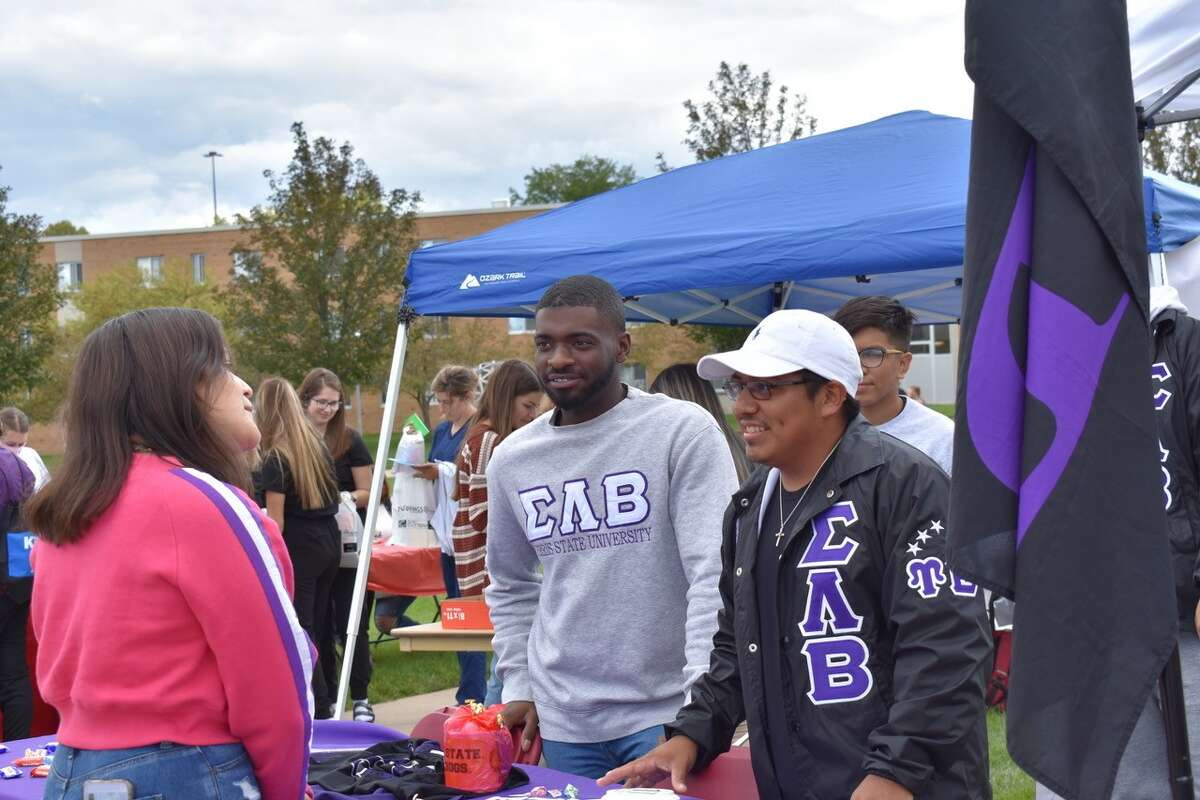 Ferris State University's Bulldog Bonanza, an annual event in the university's Bulldog Beginnings schedule of programs took place Wednesday, Sept. 8 on the Robinson Quad.