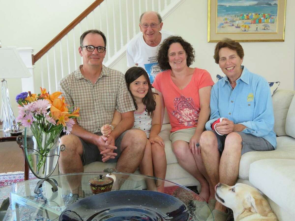 From left, Kurt Mundorff, his daughter, Sarah Mundorff, Amy Zelson Mundorff, her mother, Myra Zelson, and, in back, her father, Dr. Joseph Zelson.