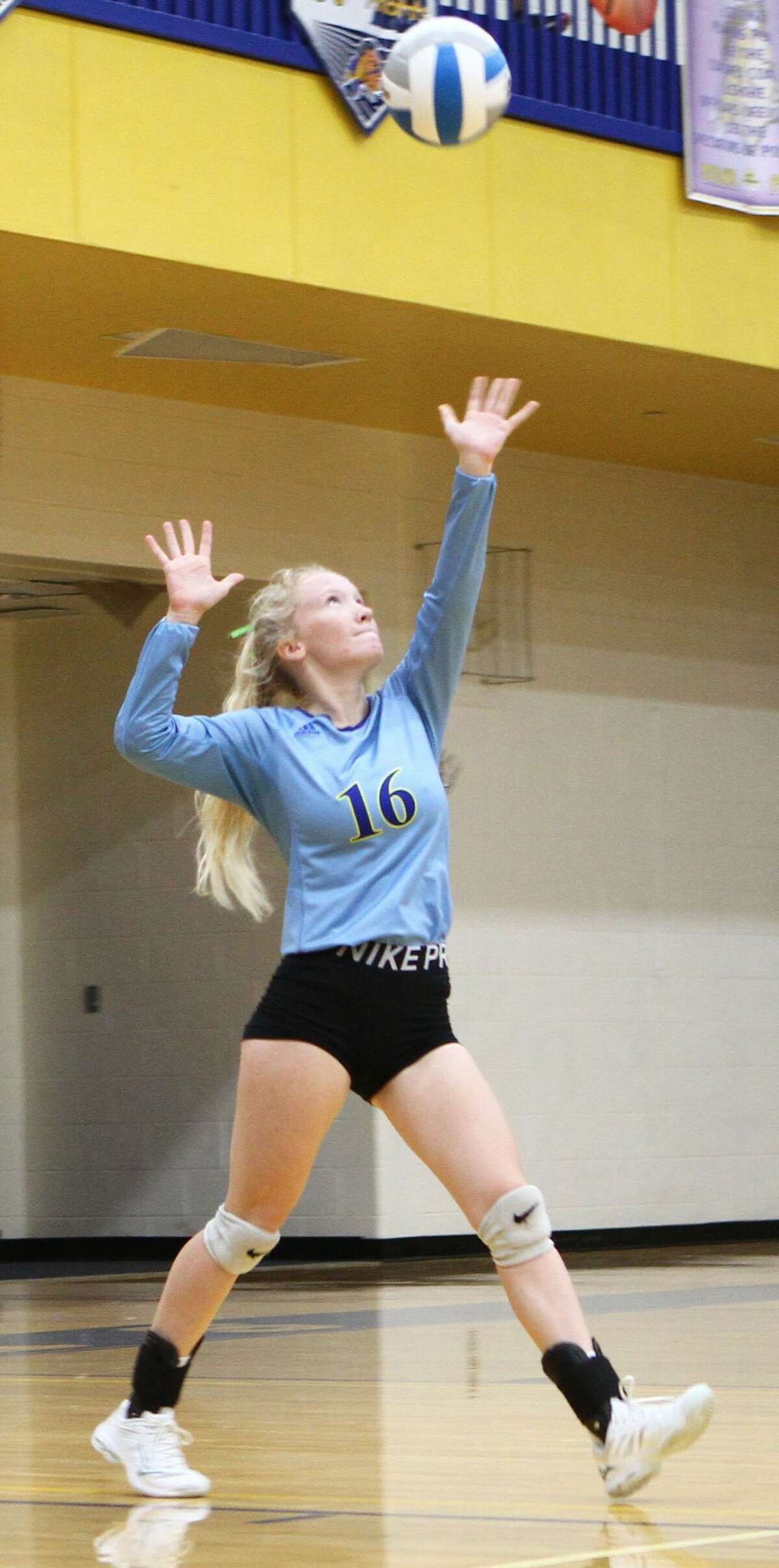 The Morley Stanwood volleyball team swept away White Cloud in Wednesday night's home match.