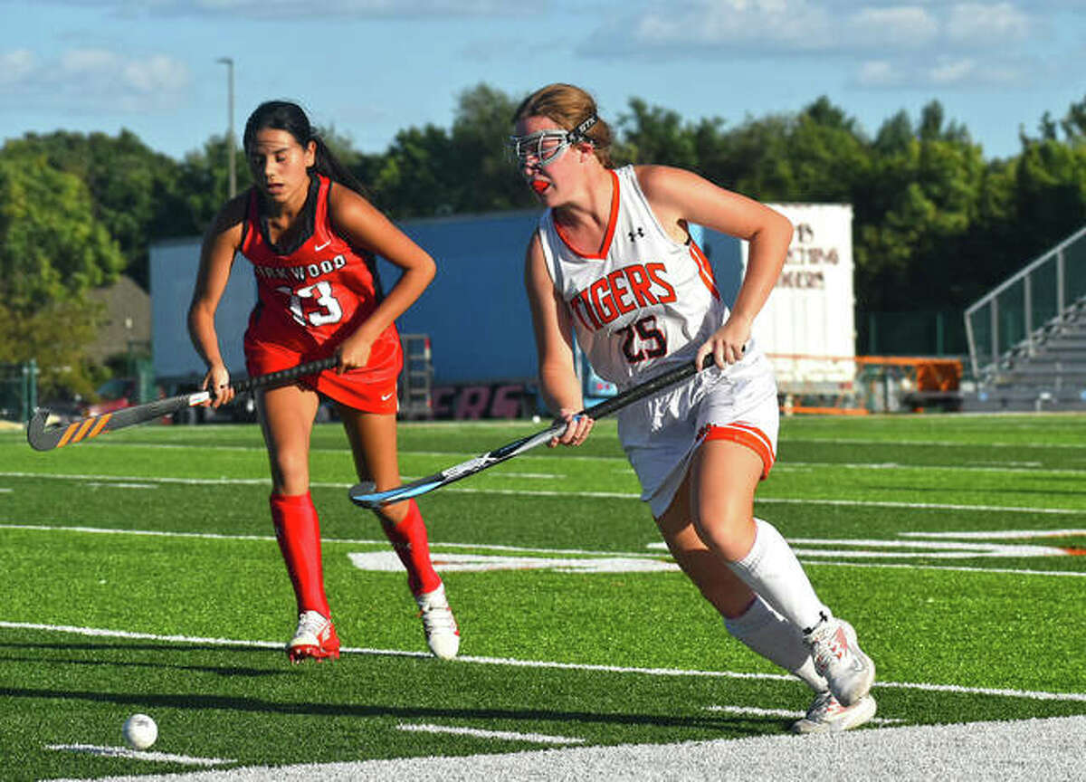 Edwardsville's Megan Kalb dribbles the ball up the field during the third quarter against Kirkwood on Wednesday in Edwardsville.