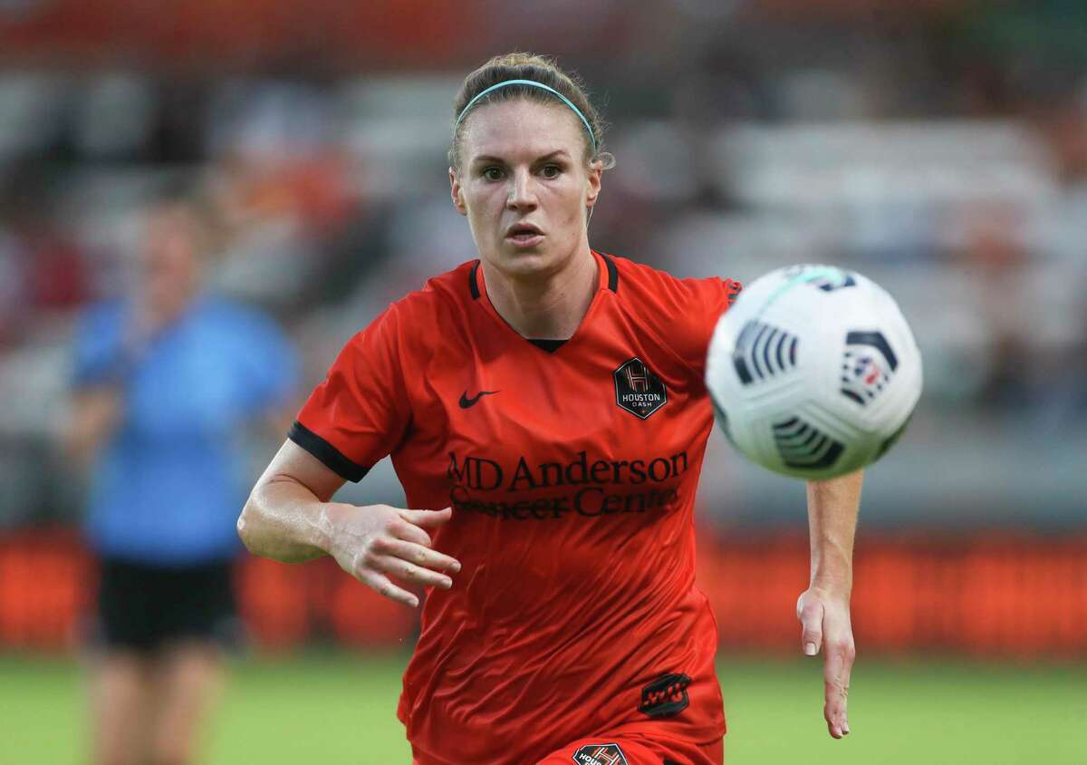 Forward Veronica Latsko and the Dash know they need to increase their scoring down the stretch.