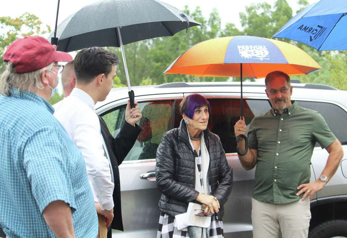 U.S. Congresswoman Rosa DeLauro, D-Connecticut, center, stopped by Durham center Thursday to mark the House passage of $3.41 million in community project funding earmarked to expand the public water supply. The project is a collaboration between Middletown and Durham. From left are EPA Remedial Project Manager Ed Hathaway, Middletown Mayor Ben Florsheim, and, far right, resident Gene Brown.