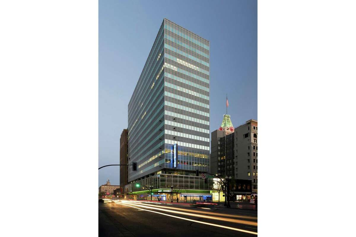 Twitter signed a lease at 1330 Broadway in Oakland.