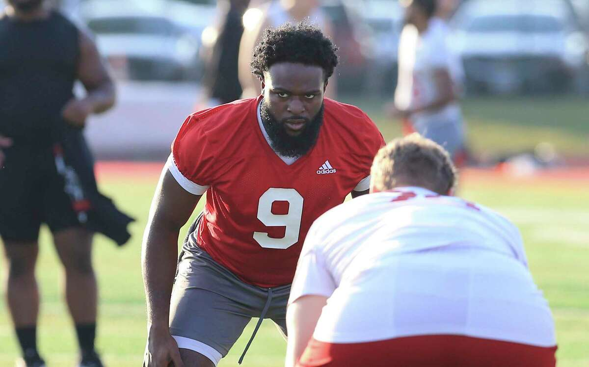 Linebacker Gerald Bowie, III (09) works out at UIW Cardinals' football practice on Thursday, Sept. 9, 2021.