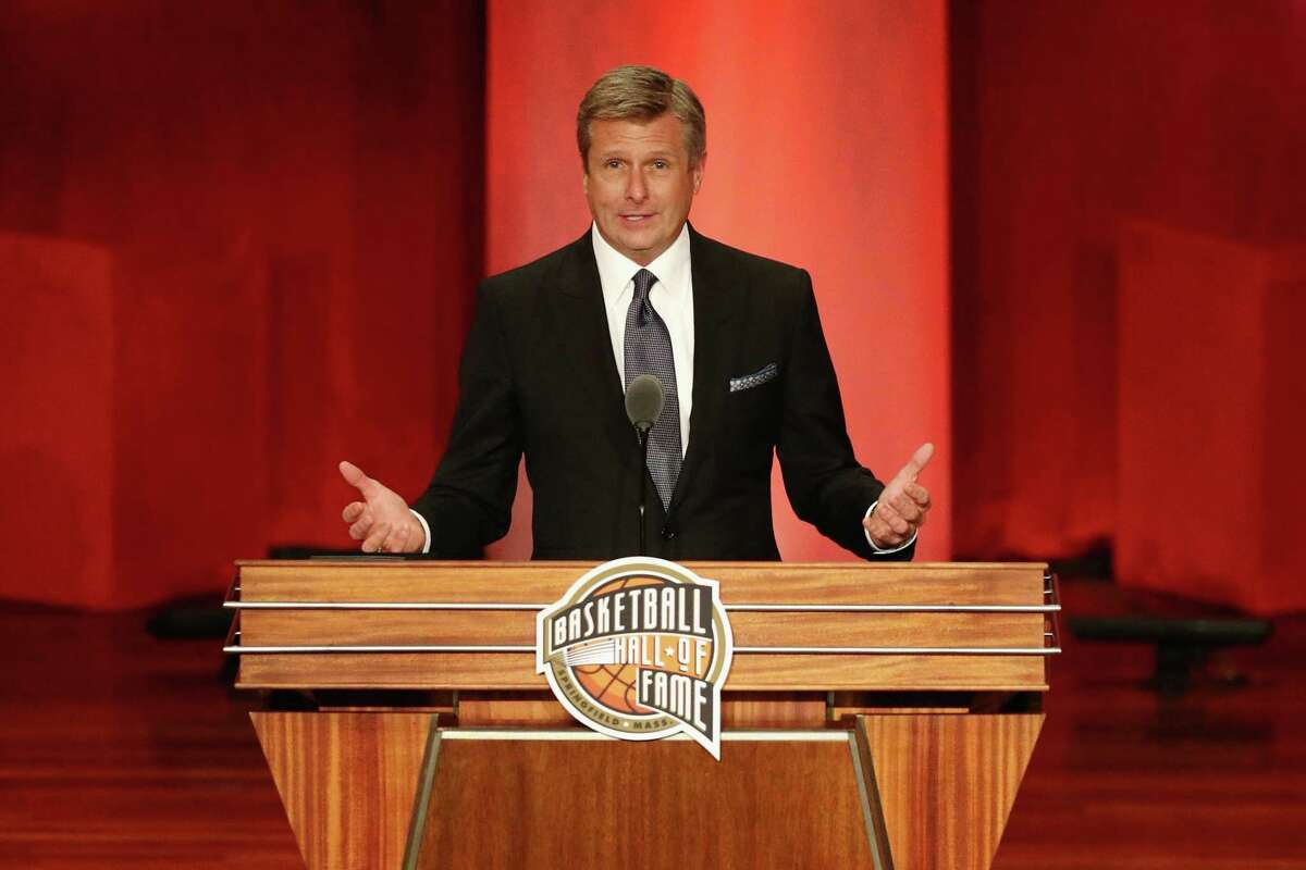 SPRINGFIELD, MA - SEPTEMBER 07: Naismith Memorial Basketball Hall of Fame Class of 2018 enshrinee Rick Welts speaks during the 2018 Basketball Hall of Fame Enshrinement Ceremony at Symphony Hall on September 7, 2018 in Springfield, Massachusetts. (Photo by Maddie Meyer/Getty Images)