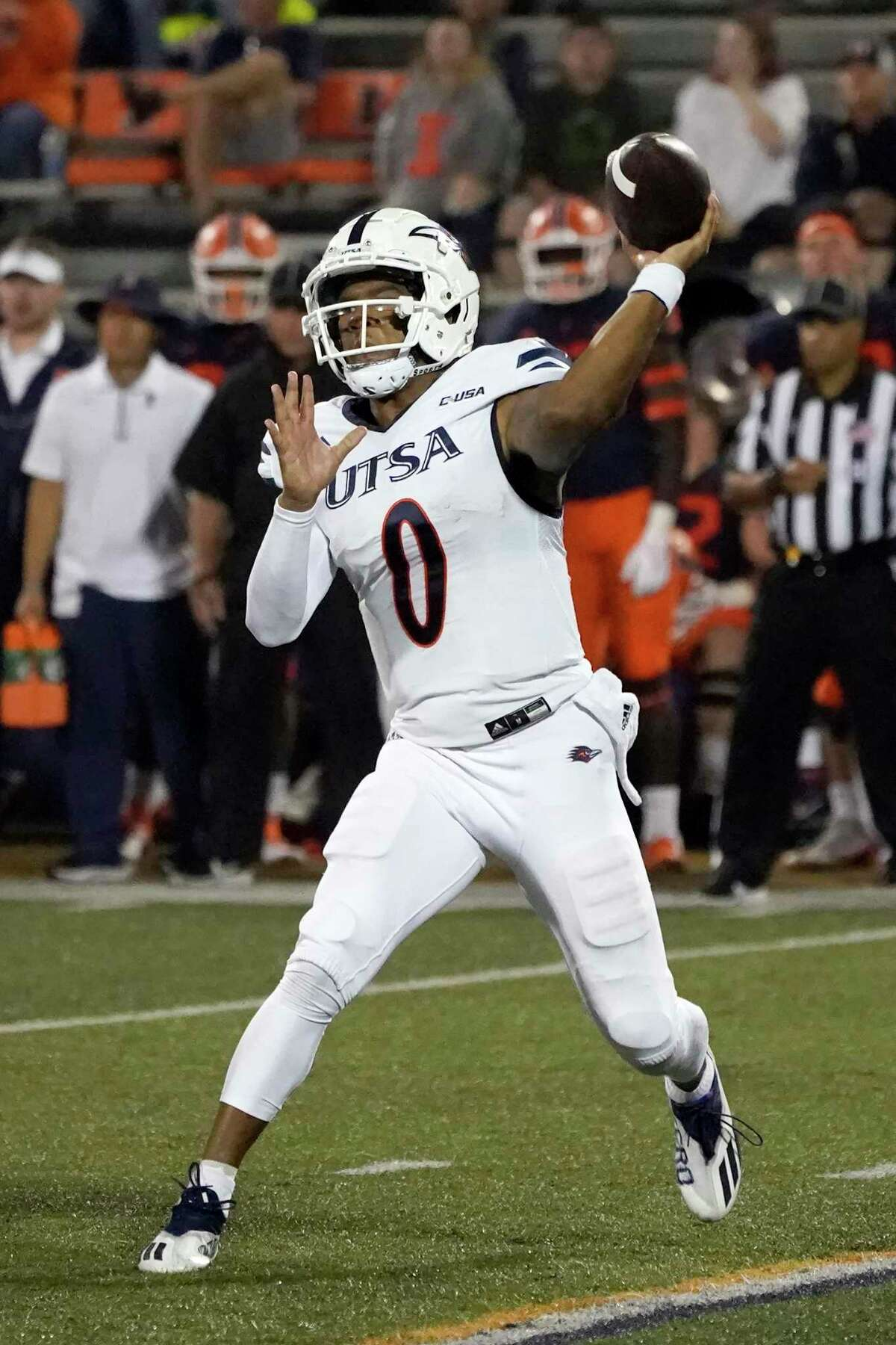 UTSA quarterback Frank Harris passes during the first half of an NCAA college football game against Illinois, Saturday, Sept. 4, 2021, in Champaign, Ill. (AP Photo/Charles Rex Arbogast)