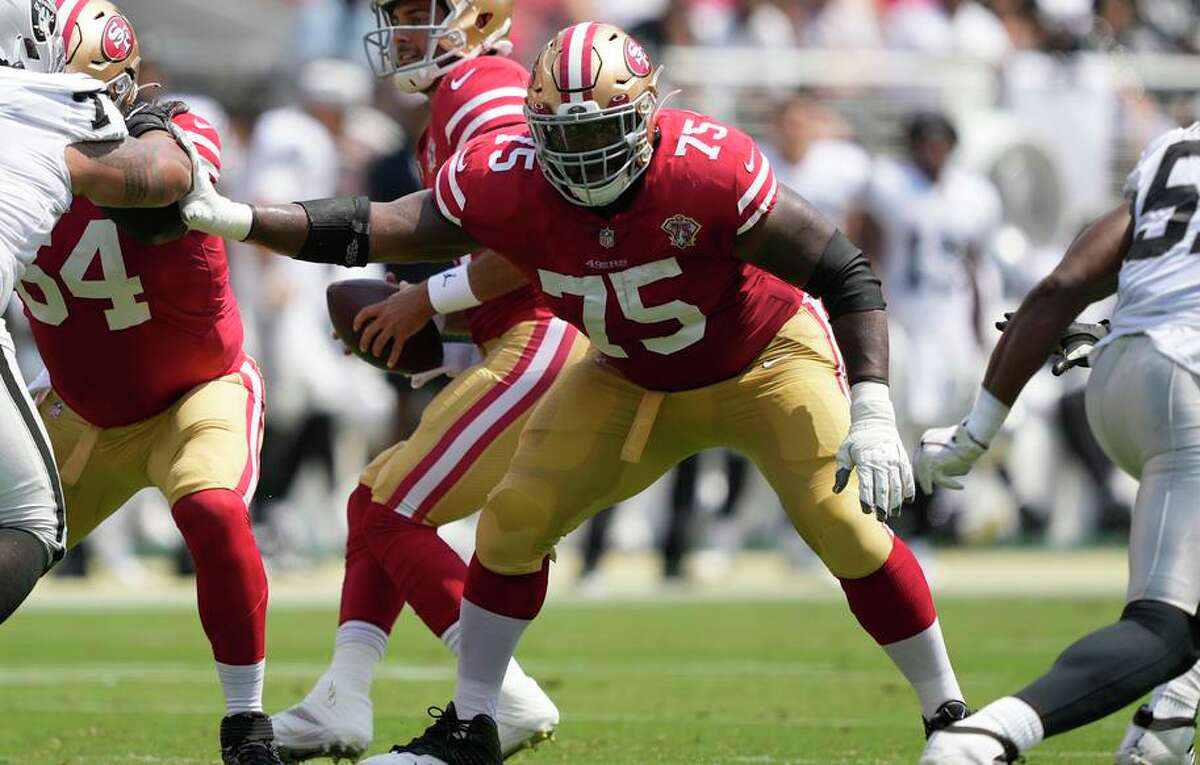 49ers offensive guard Laken Tomlinson (75) is among the team's strongest players and can squat more than 600 pounds.