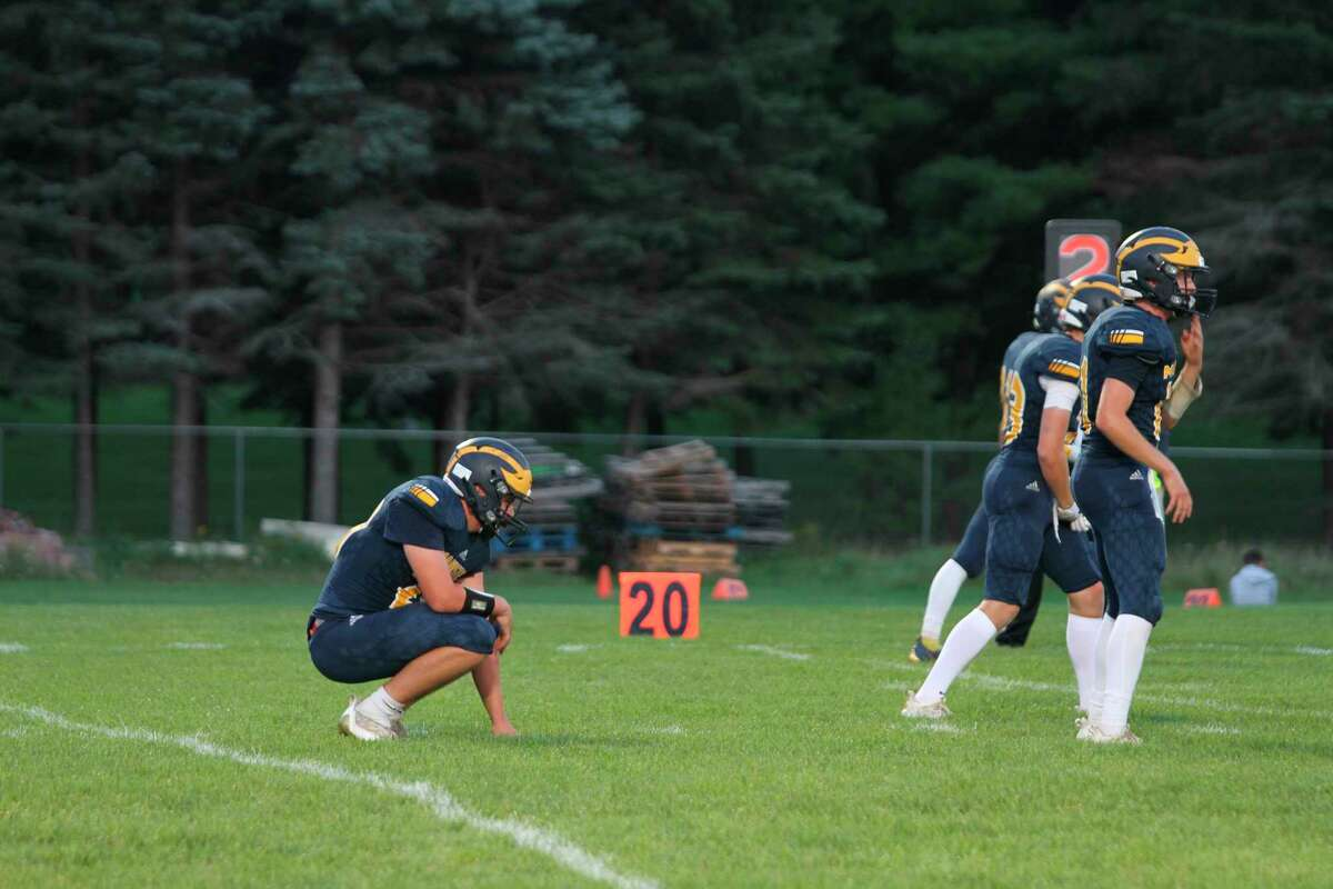 The Manistee Chippewas line up offensively in the first half against Ludington. (McLain Moberg/News Advocate)