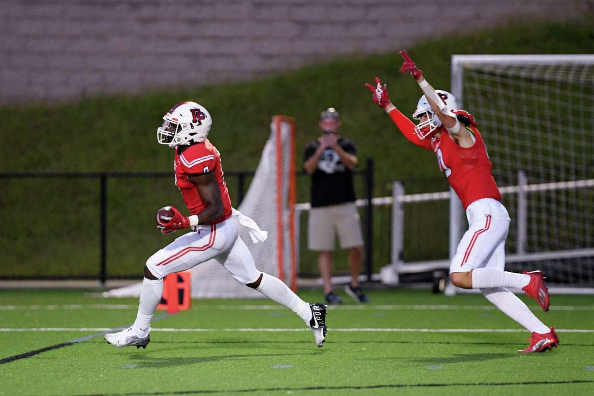 Fairfield Prep's Tymaine Smith ties the game with this touchdown near the end of the first half against Daniel Hand, Friday, September 10, 2021 at Rafferty Field in Fairfield, Ct