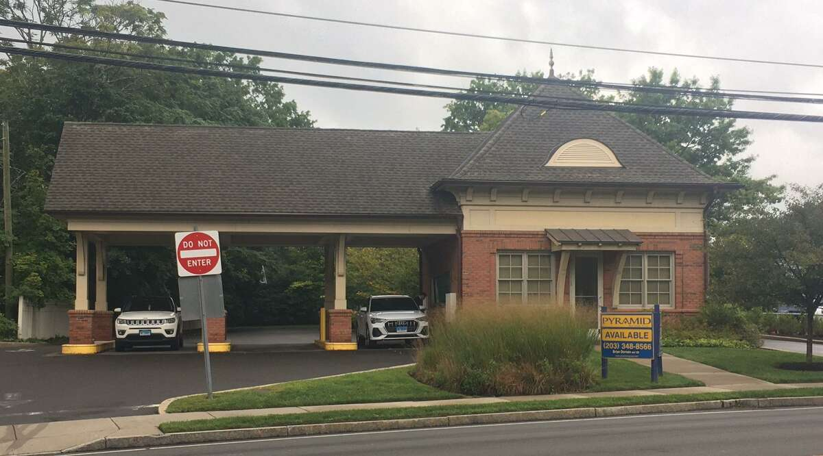 A coffee bar could be coming to the drive-through bank branch on East Putnam Avenue in Cos Cob.