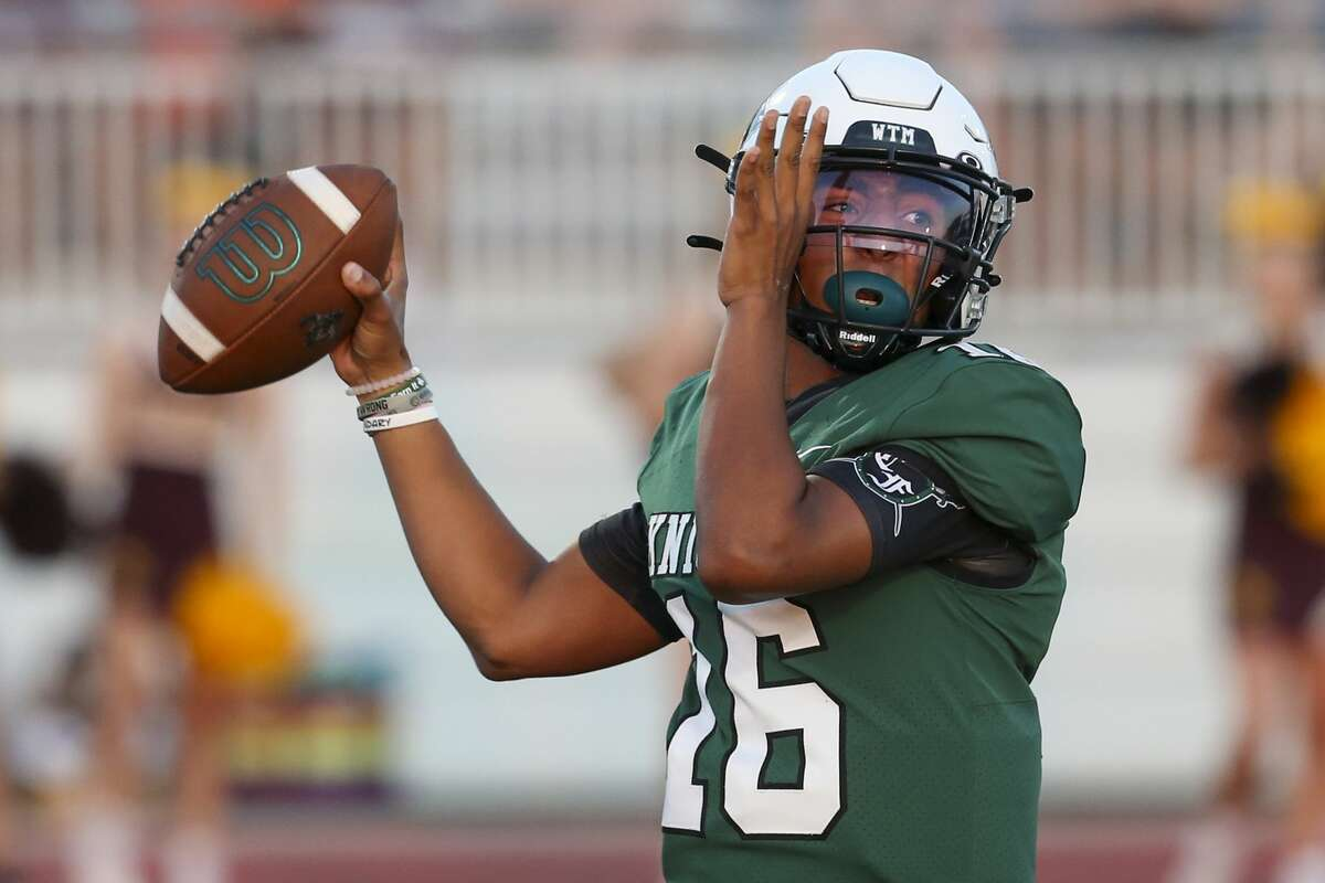 Clear Falls Knights quarterback Landon Vessel (16) drops back to pass in the first half on September 10, 2021 in a non district football game at Challenger-Columbia-Stadium in Webster, TX.